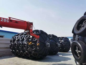 4.5*9m Chain Tire Pneumatic Floating Rubber Fenders CCS Certificate